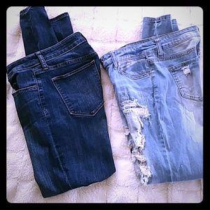 2 skinny jeans